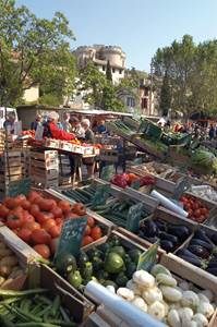 Marché de Villeneuve lez Avignon