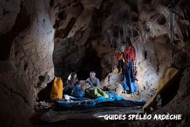 Guides Spéléo Ardèche_bivouac