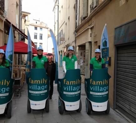Street Marketing Family Village