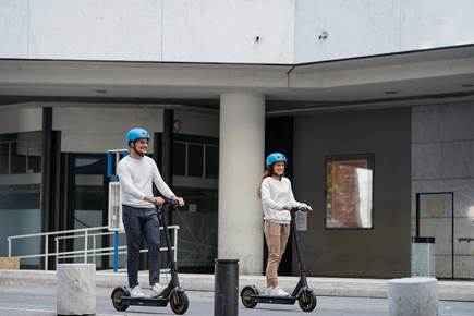 Rent your electric scooter in Nice!