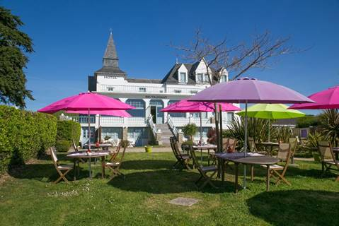 Hôtel-Restaurant Spa Le Tumulus