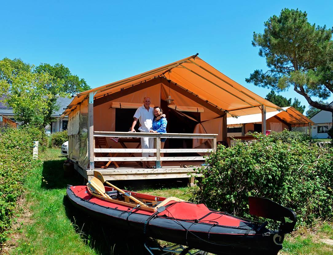 Vacances en tente Lodge et canoé kayak