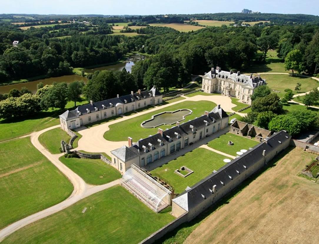 Chateau de Kerguéhennec Morbihan Bretagne Sud