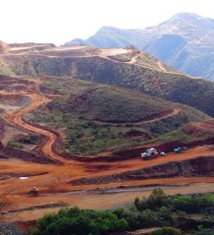 Tourisme à Thio : visite de la mine et du musée
