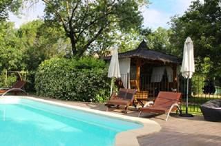 Grande maison de caractère pour 15 personnes avec piscine