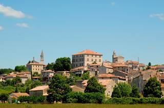 Barjac, village de caractère