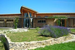 Maison de la Garrigue et musée de l'olivier