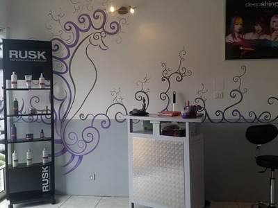 Salon de coiffure du centre de beauté l'instant douceur