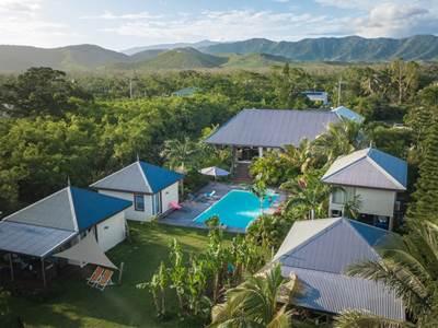 Poé Côté Lagon - Hébergement en bungalows