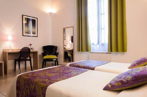 Hôtel La Taverne de Sophie Uzès Chambre vert mauve © Hôtel La Taverne de Sophie
