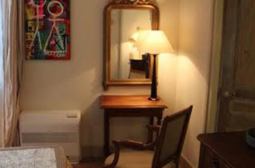 La Petite Hostellerie - chambre 2 ©