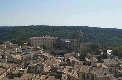 Visite du centre ville d'Uzès et du musée Georges Borias © Destination Pays d'Uzès Pont du Gard
