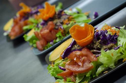 Restaurant l'Ô à la Bouche cuisine légumes frais ©