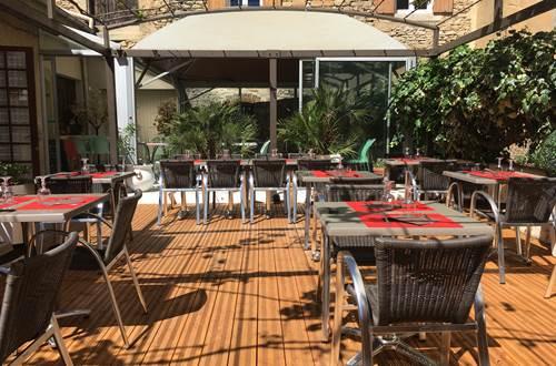 restaurant l'étincelle_terrasse © Restaurantl'Etincelle