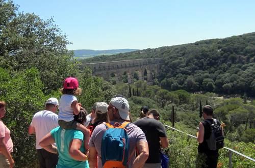 Balade insolite à la découverte du Pont du Gard © Chemins Magiques