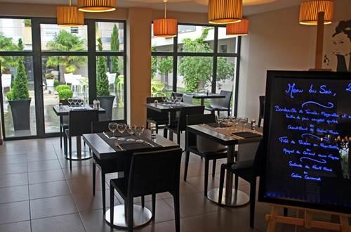Hôtel Patio de Violette Uzès salle de restaurant © Hôtel Patio de Violette