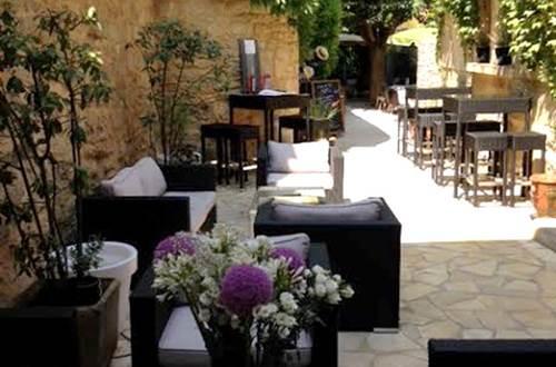 Restaurant midi à l'ombre terrasse lounge © Restaurant midi à l'ombre
