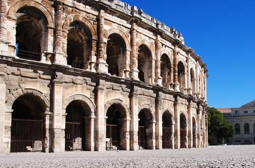 Arènes de Nîmes © OT Nîmes