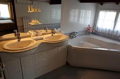 Salle de bain à L'Hacienda  ©