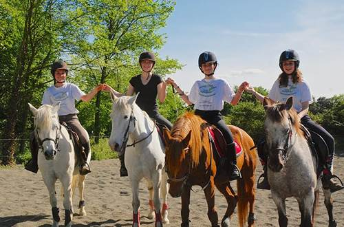 poney-club-mas-nouguier-cours-promenade ©