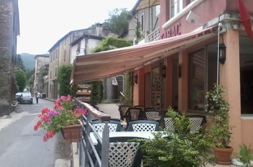 Bar des terrasses aux Plantiers ©