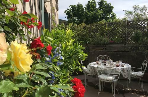 petit-déjeuner sur la terrasse ©