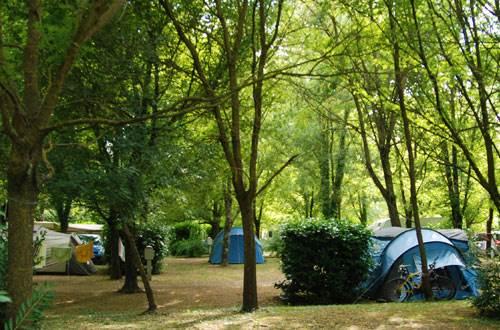 Camping Universal ©