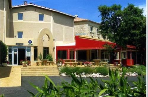 Hôtel restaurant la Fenouillère à estézargues ©