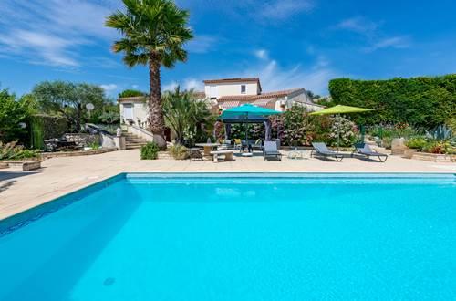 piscine-12x6m-traitement-au-sel-Casa-Dina ©