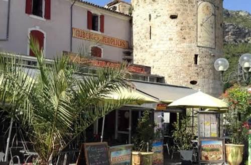 Les Templiers restaurant à Anduze en Cévennes ©