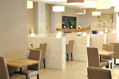 le barbusse ales salle de restaurant ©