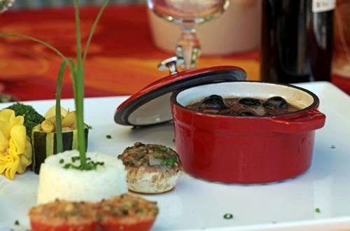 2012 MAS DE LA PRAIRIE Assiette ©