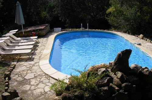 a_fil_de_soi_piscine_-_vezenobres_en_800 ©