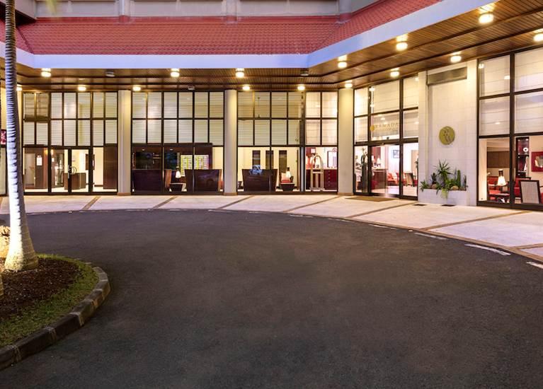 Extérieur hôtel Ramada