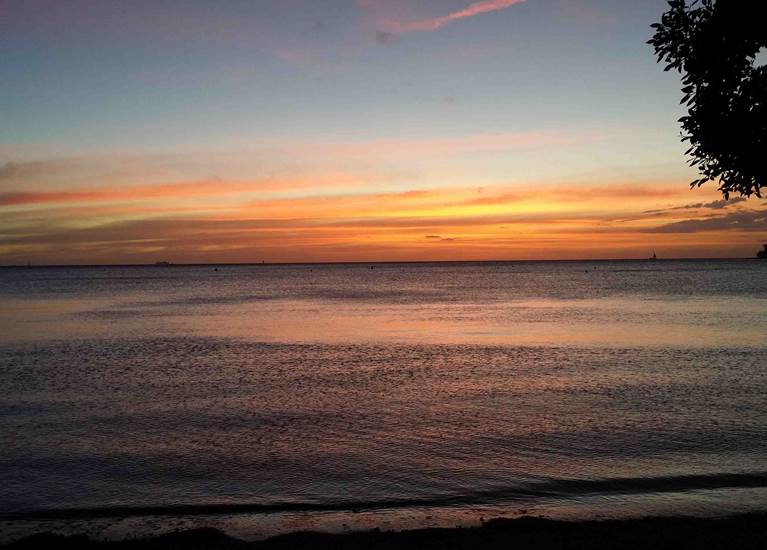 Coucher de soleil à la Baie des Citrons