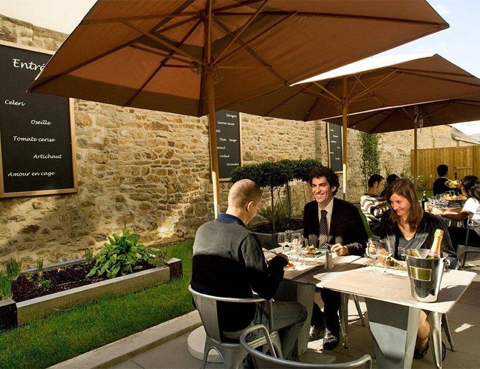 Restaurant-Cote-Patio-Vannes-Golfe-du-Morbihan-Bretagne Sud