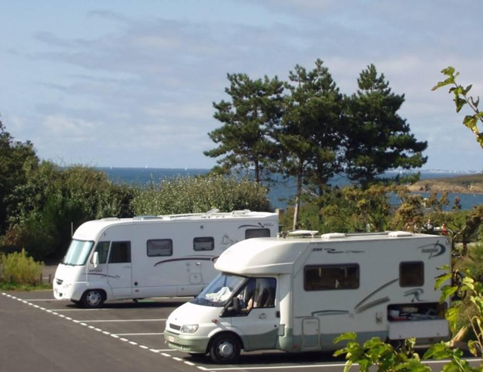 Aire-de-stationnement-Camping-cars-de-Kermor-Arzon-Golfe-du-Morbihan-Bretagne Sud